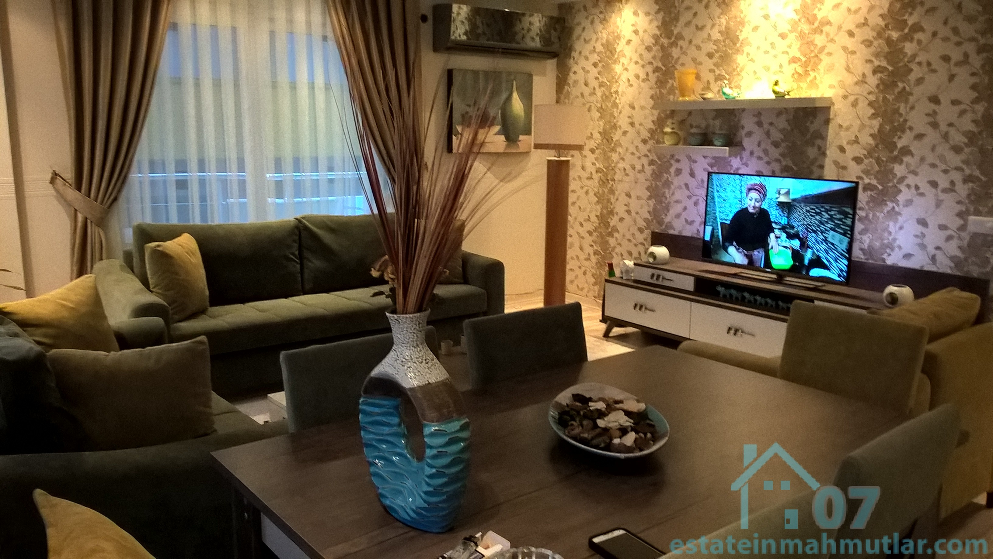 Luxurious Two Bedroom Apt Fully Furnished And Equipped With Modern  Appliances